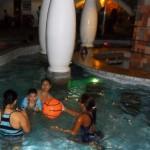08 Night swimming