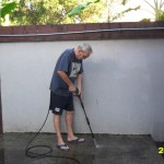 That old dude is a power washing Dynamo