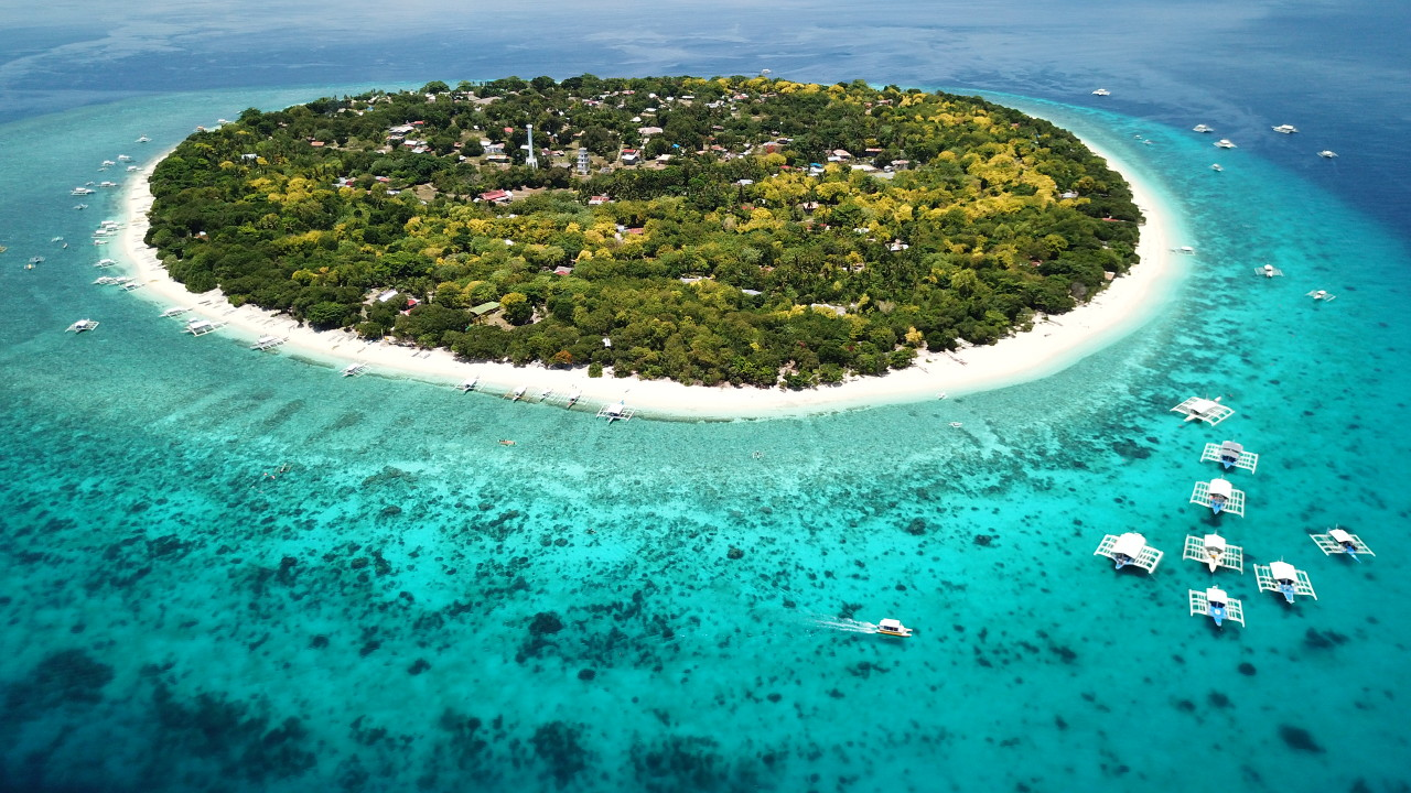 13A Resident Visa might be perfect for you to live on or near an island like this!
